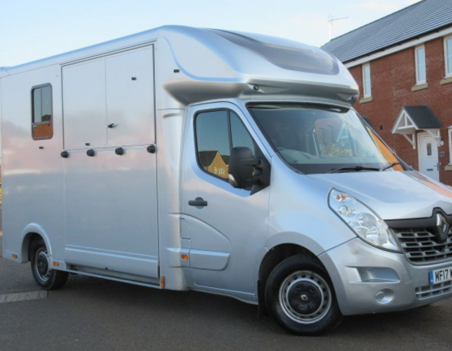 Ref 440 IN BUILD 2015 Renault Select Pro £25,500