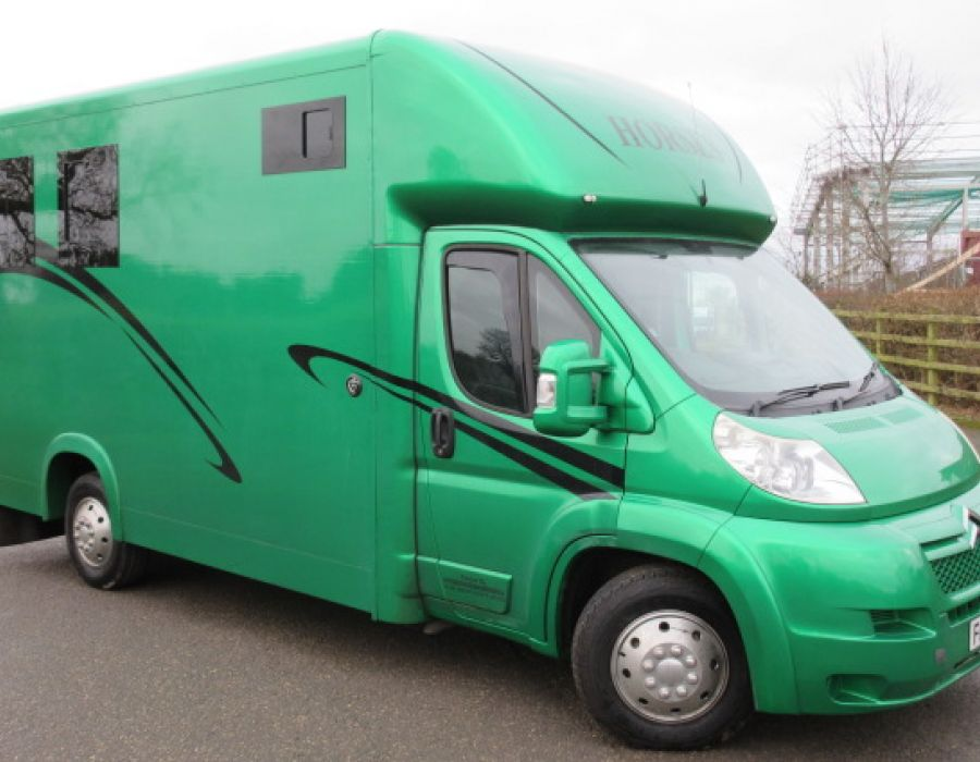 Ref 428 2008 Citroen Relay Foxey Twin weekender  £23,450